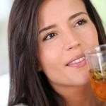 3 ingredientes que puedes agregar a tu bebida para perder peso